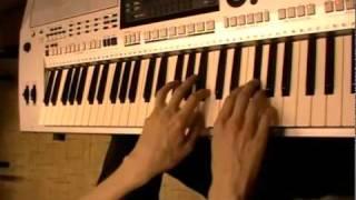 Как играть на синтезаторе урок 3