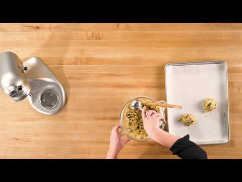 Chocolate Chip Cookies w/ Mandy Tanner Step 6 | Traeger Grills
