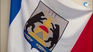 В Правительстве региона обсудили проекты, реализуемые областной думой и православной церковью