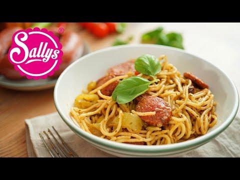 One Pot Sucuk-Spaghetti-Topf / 25 Minuten Rezept / Eintopf / Sallys Welt