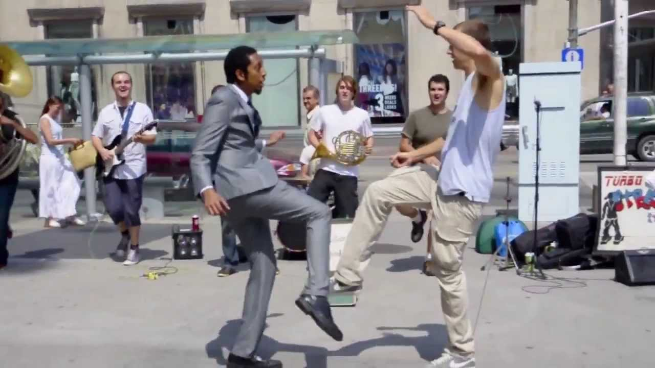Random Dance Off – Turbo Street Funk