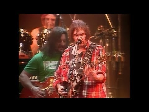 Neil Young & Crazy Horse - Cinnamon Girl ( live 1991 ) in real HD