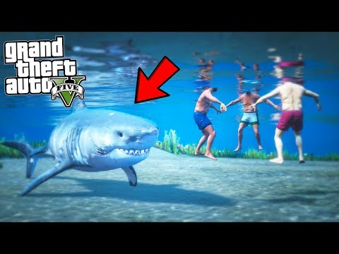 I played as a HUNGRY Great White Shark!! (GTA 5 Mods - Evade Gameplay)