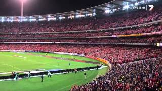 فيديو مرعب : 95 ألف من عشاق ليفربول في أستراليا يرددون نشيد النادي بشكل رهيب ....
