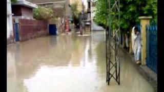 preview picture of video 'Rain in Larkana.'