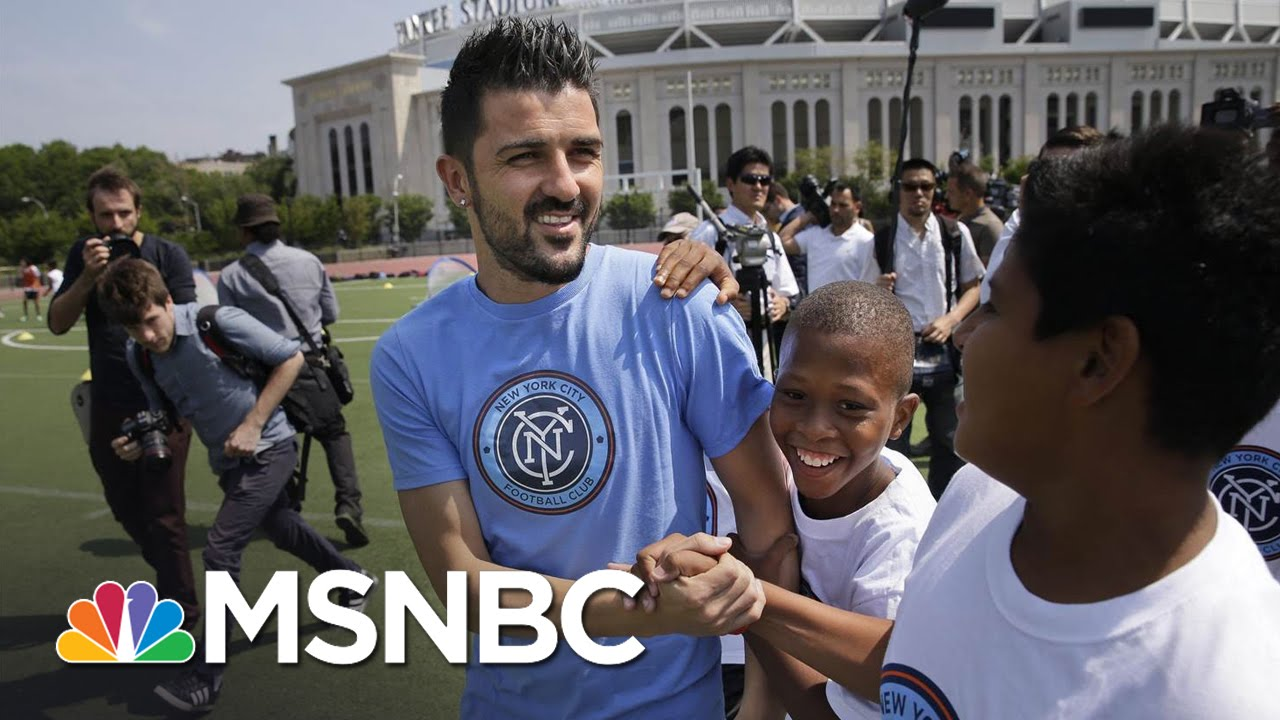 Spanish Soccer Star David Villa Takes On New York City Football Club | MSNBC thumbnail