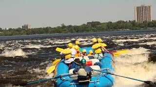 preview picture of video 'Whitewater Rafting with Ottawa City Rafting'