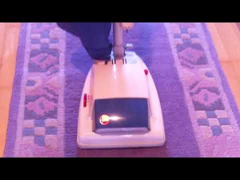 HOOVER Staubsauger, Modell: 1354A Klopfsauger / Vintage HOOVER Junior de luxe 1354A vacuum cleaner