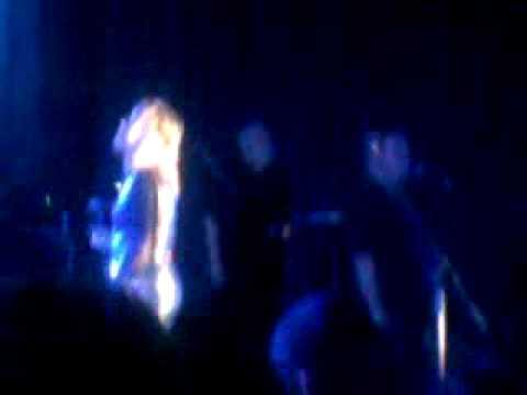 Suzi Quatro LIVE - Singing With Angels - Tribute to Elvis
