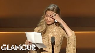 Gigi Hadid Gives Emotional Speech Receiving Her WOTY Award from Serena Williams | Glamour WOTY 2017 | Kholo.pk