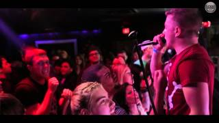 Trophy Wives - I'm Gonna Make You Famous (Official Music Video)