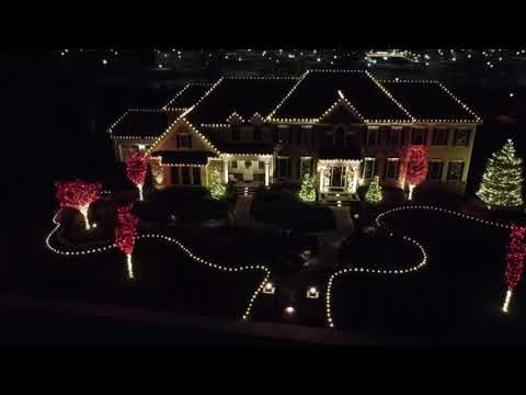 Bringing the Holidays to this Home in Holmdel, NJ