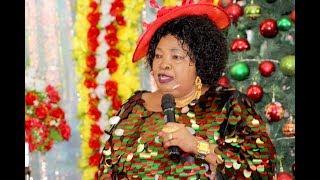 Ujumbe Wa  Krismasi Wasababisha Makubwa Wakitafakari Kanisani