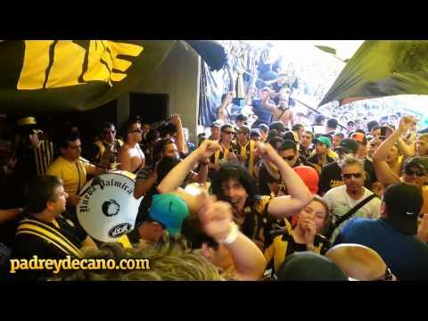 """""""Previa jugadores y entrada de la Barra Amsterdam vs Defensor   Apertura 2012"""" Barra: Barra Amsterdam • Club: Peñarol"""