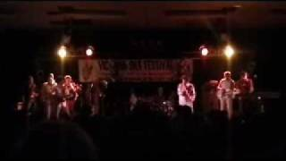 "Cherry Poppin' Daddies @ Ska Fest - ""Sockable Face Club"" (9/12)"