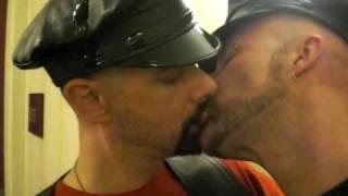 CIMG0363 Gay Leather Kiss