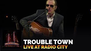 Joe Bonamassa - Live At Radio City Music Hall - Trouble Town