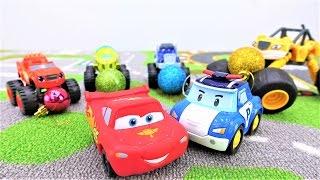 Видео МАШИНКИ!  Чудо-машинки онлайн, Молния Маквин, игрушка Поли Робокар. Учим цвета!