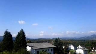 preview picture of video 'Rettungshubschrauberstart St.Oswald bei Plankenwarth'