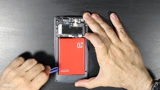 OnePlus One: How to replace the Battery