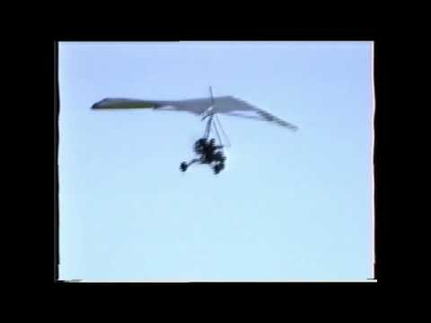 Mimmo Sagona e Gianni Ferrara - Volo sul deltaplano a motore - Alia 11 Agosto 1993