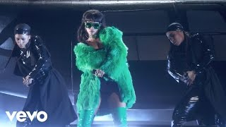 Rihanna - Bitch Better Have My Money (Live)