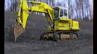 preview picture of video 'Bau der A8 Aichelberg - Liebherr R992, Demag H65, Cat 235 ME, 769C, u.v.m., 1989.'