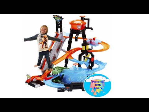 Hot Wheels Ultimate Gator Car Wash Color Shifters City Playset With