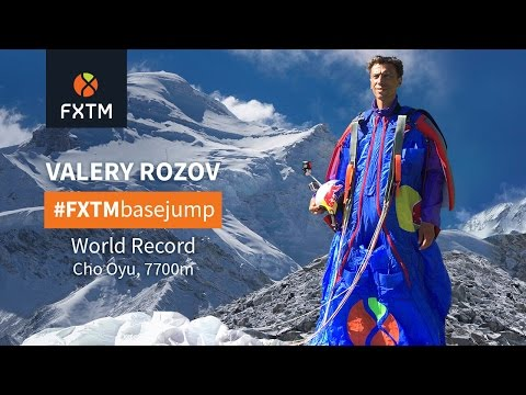 Valery Rozov jumps from Cho Oyu and sets New World-Record