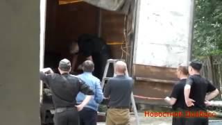 Смотреть онлайн Разминирование тел убитых ополченцев
