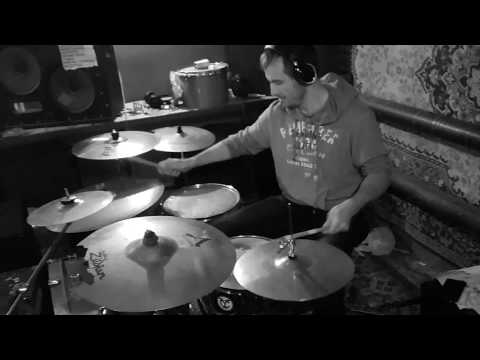 Netsky - Drum and bass drumming