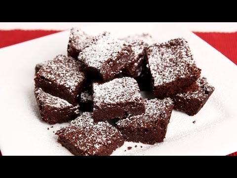Homemade Chewy Brownies Recipe – Laura Vitale – Laura in the Kitchen Episode 691