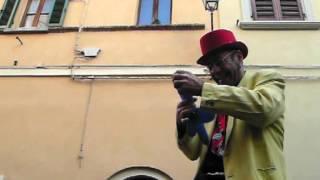 preview picture of video 'Suvereto: pupurrì alla Festa del cinghiale 2012'