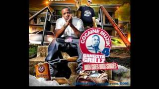 Yo Gotti - Throw Ya Sets Up [Explicit] (Feat. Gucci Mane & Zedzilla)
