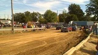 preview picture of video 'SHITTY CHEVY  doing truck pulls!!! i did GOOD!!!'