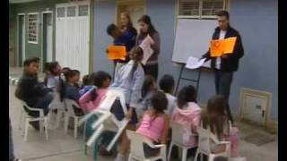 preview picture of video 'Somos CaPAZes: educación para la paz en Colombia (p. 1/2)'