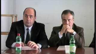 preview picture of video 'Il Presidente della Provincia Nicola Zingaretti in visita a Malagrotta'