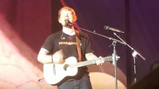 Ed Sheeran   Happier (Live At Berlin 270317)