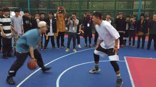 Chinese Streetballer 天极 vs Japanese Streetballer Whitea