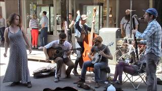 The Big Dixie Swingers play Lovesick Blues on Royal St.