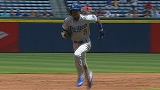 LAD@ATL: Gordon steals two, collects two bunt singles