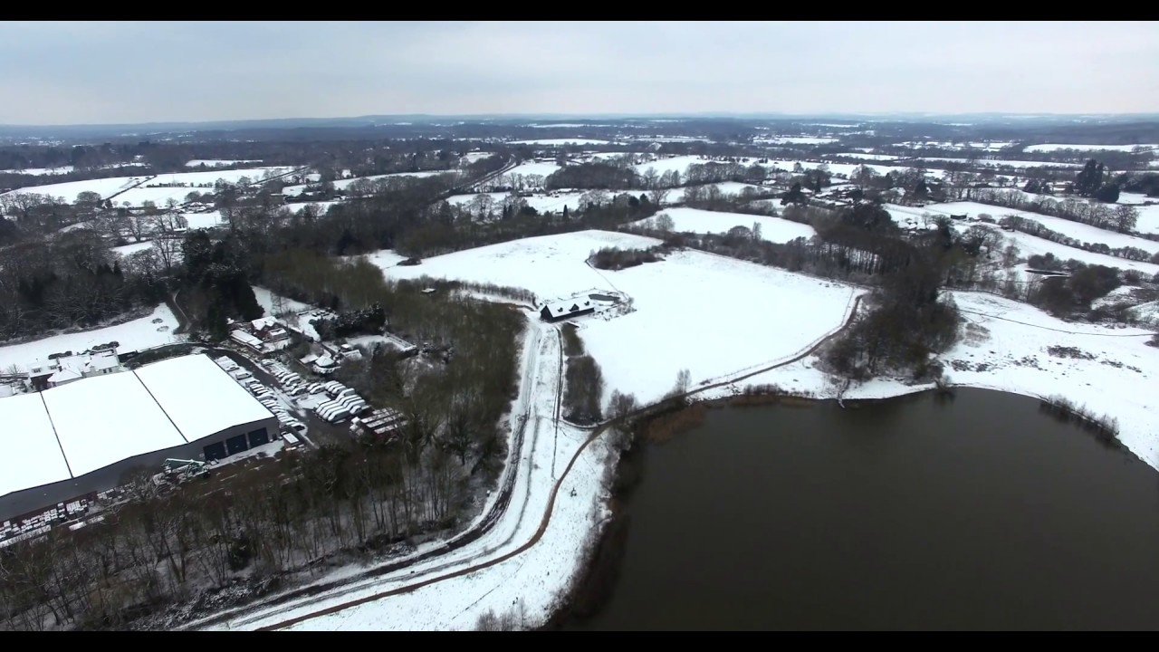 Testwood Lakes in the snow