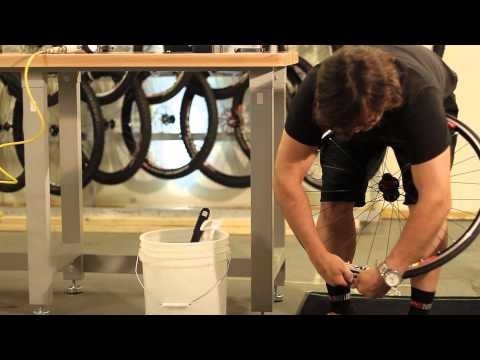 Mounting Road Tubeless Tires - Stan's NoTubes