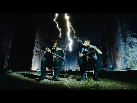 "2Cellos Perform ""Vivaldi"""