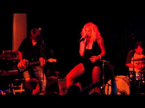 FoxGlove - Queen of the Nightclub Live in LA