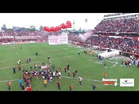 """""""San Martin 2 Vs Libertad 0 (incluye homenaje a los hinchas fallecidos)"""" Barra: La Banda del Camion • Club: San Martín de Tucumán"""