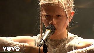 Aurora - Conqueror (Live on the Honda Stage)
