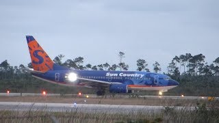 preview picture of video '#1 Sun Country Airlines 737-700 ~ Turnaround [60FPS] {First Flight into Nassau}'