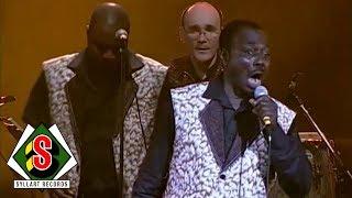 Africando - La Musica en vérité (feat. Gnonnas Pedro) [Zenith Live]