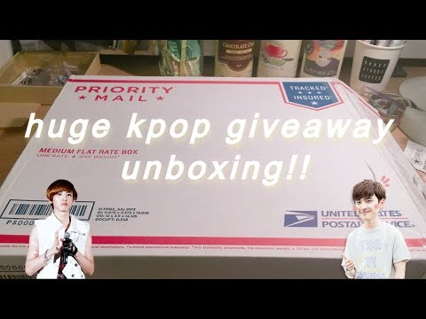 huge kpop giveaway unboxing!!